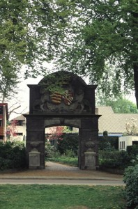 Toegangspoort van het voormalig landgoed 'Overbeek'