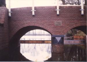 De brug in de Oude Zwolseweg bij de Wenumse Watermolen