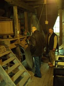 Hr Hagens en Hr Rodijk in de kopermolen te Zuuk