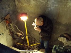 Hr. Hagens bij de peltonmolen van 1914 wasserij Molenbeek 20 februari 2014