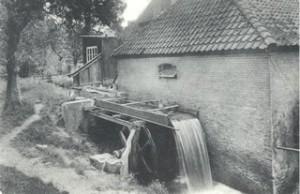 De Quadenoordse Molen omstreeks 1925