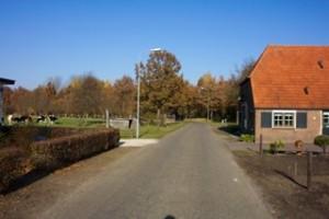 Plaats van de voormalige Wisselse Korenmolen, links van de weg