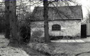 Oude ansichtkaart van de onderste molen van Molecaten, een korenmolen.