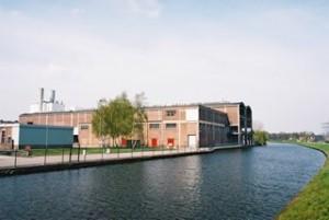 De Berghuizer Papierfabriek aan het Apeldoorns Kanaal