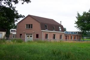 Wasserijgebouw dat inmiddels is afgebroken (foto: Jacques Meijer)
